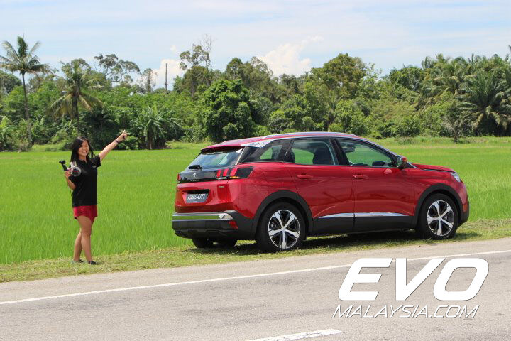 2017 Peugeot 3008 SUV Review