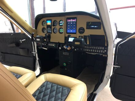 This panel includes two G5s, GTX 335, EI-CGR-30 Combo and a flush mounted iPad mini from Guardian Avionics