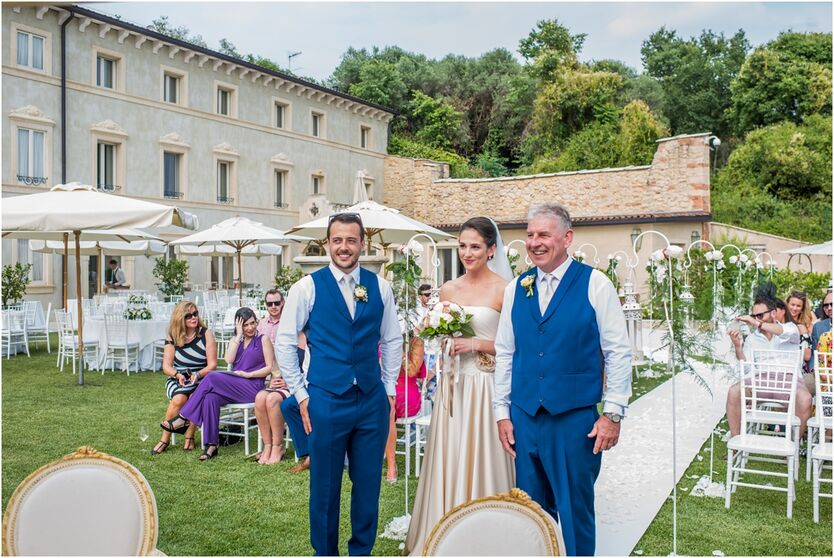 destination wedding photographer at Relais Fra Lorenzo, Verona, Italy