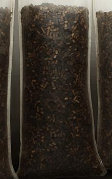 Eichen-Beans im lebensmittelechten Nylonbeutel