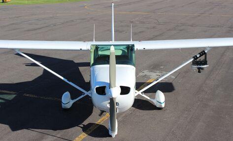 Cessna 172 with Sky-Cam 300 Camera Pod