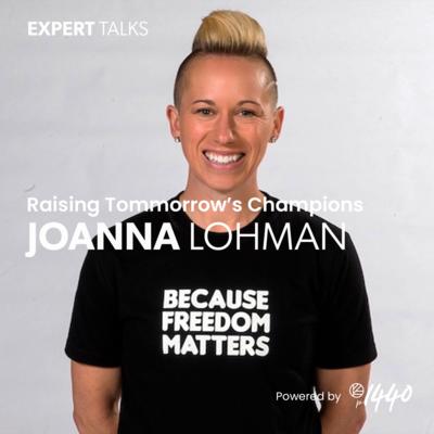 Joanna Lohman @2x