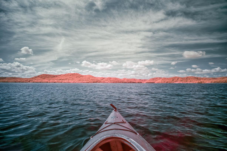 Kayak on Caverun Lake