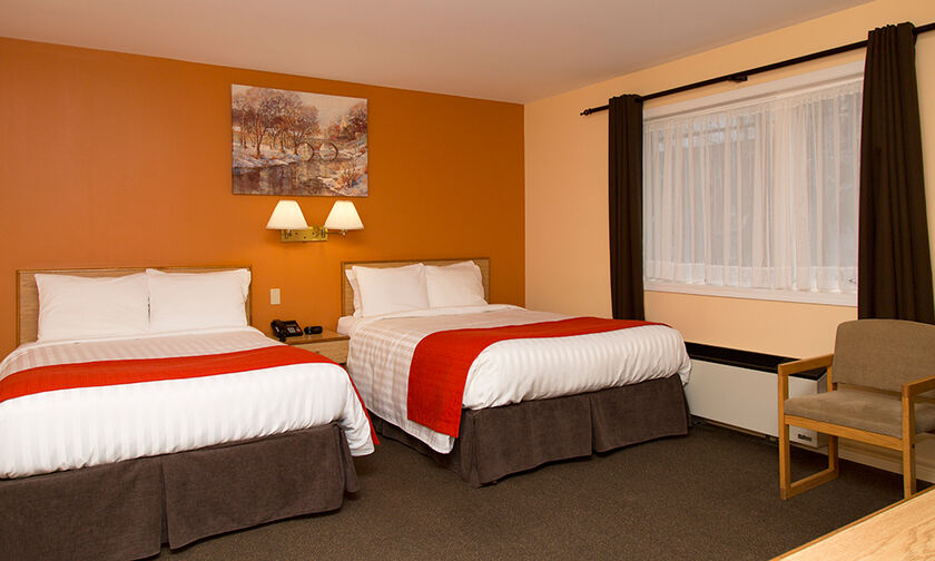 image of room at Hotel Robin Hood in Grand Falls-Windsor, NL