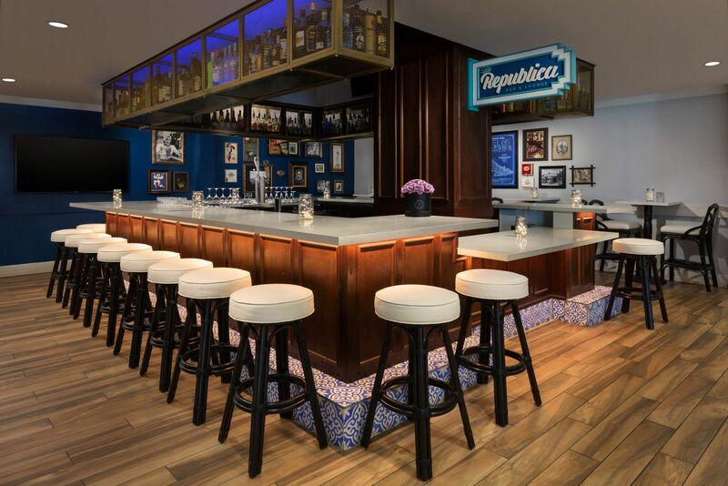 24 north republica bar