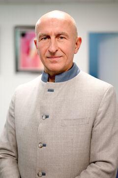 Pierre Chambry, notaire au sein de l'étude Chambry Vigneron & Labopin située à Malakoff