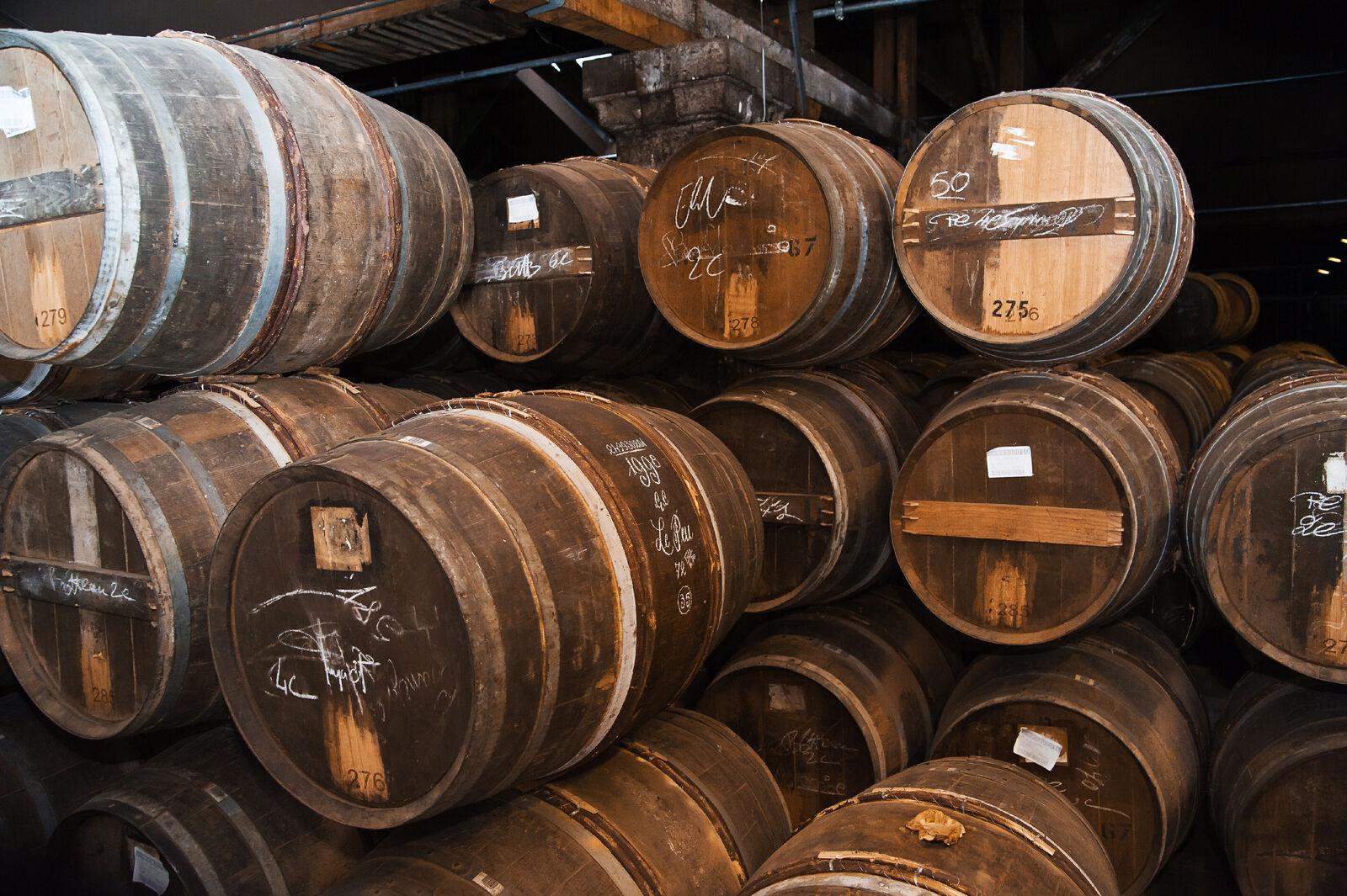 Cognac Fässer zur Wiederbelegung