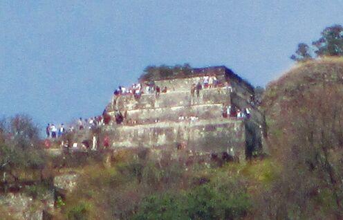 Pyramid, Sat.