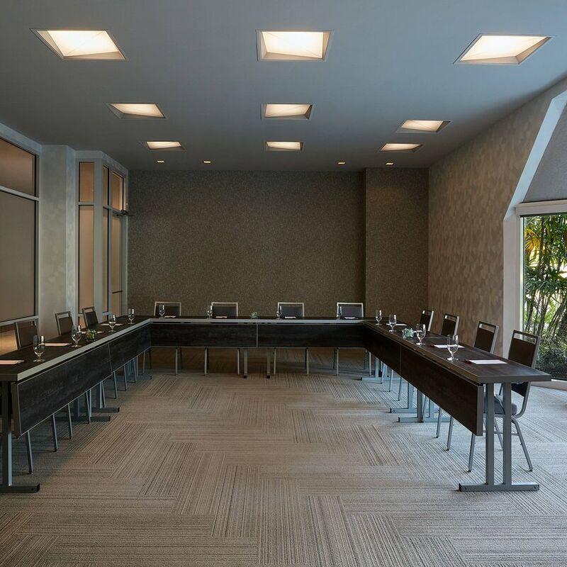 meeting room (2)