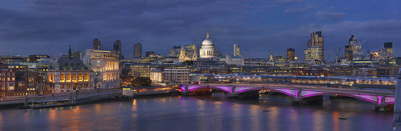 Blackfriars Bridge, St Pauls and City Night short