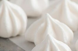 Meringue Kisses Vanilla
