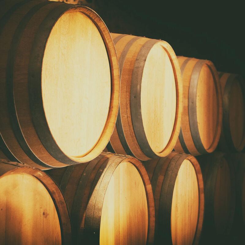 Destillatfässer aus französischer Limousin-Eiche