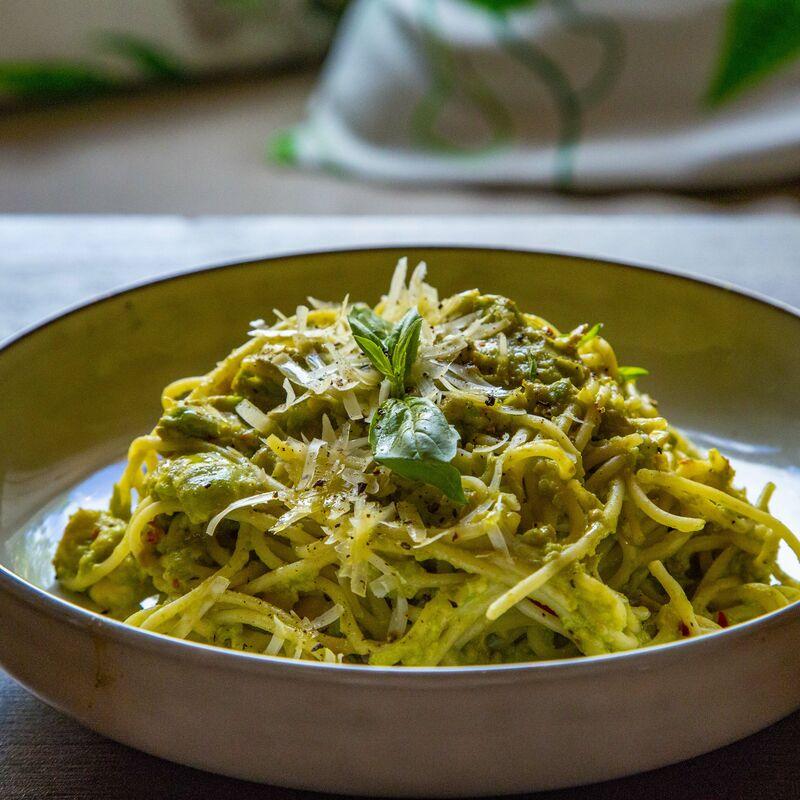 terveellinen avocado pasta helsingissä