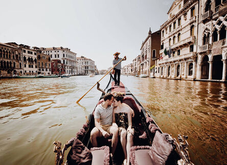 italian wedding photography with a destination wedding shoot in venice, Italy