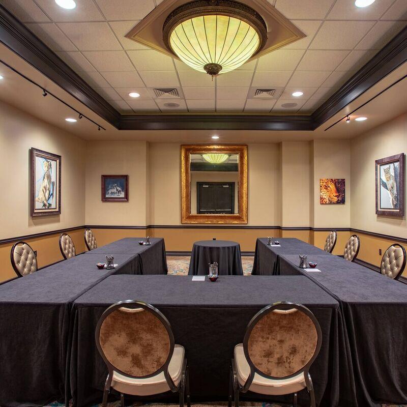 Gallery Meeting Room   U Shape Setup