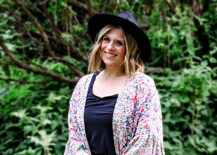 Link to bio for Lisa Shelley, Nursery and Pre-school Director