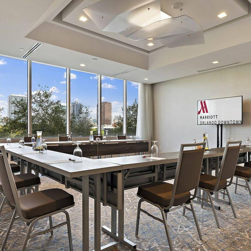 meeting room (1)