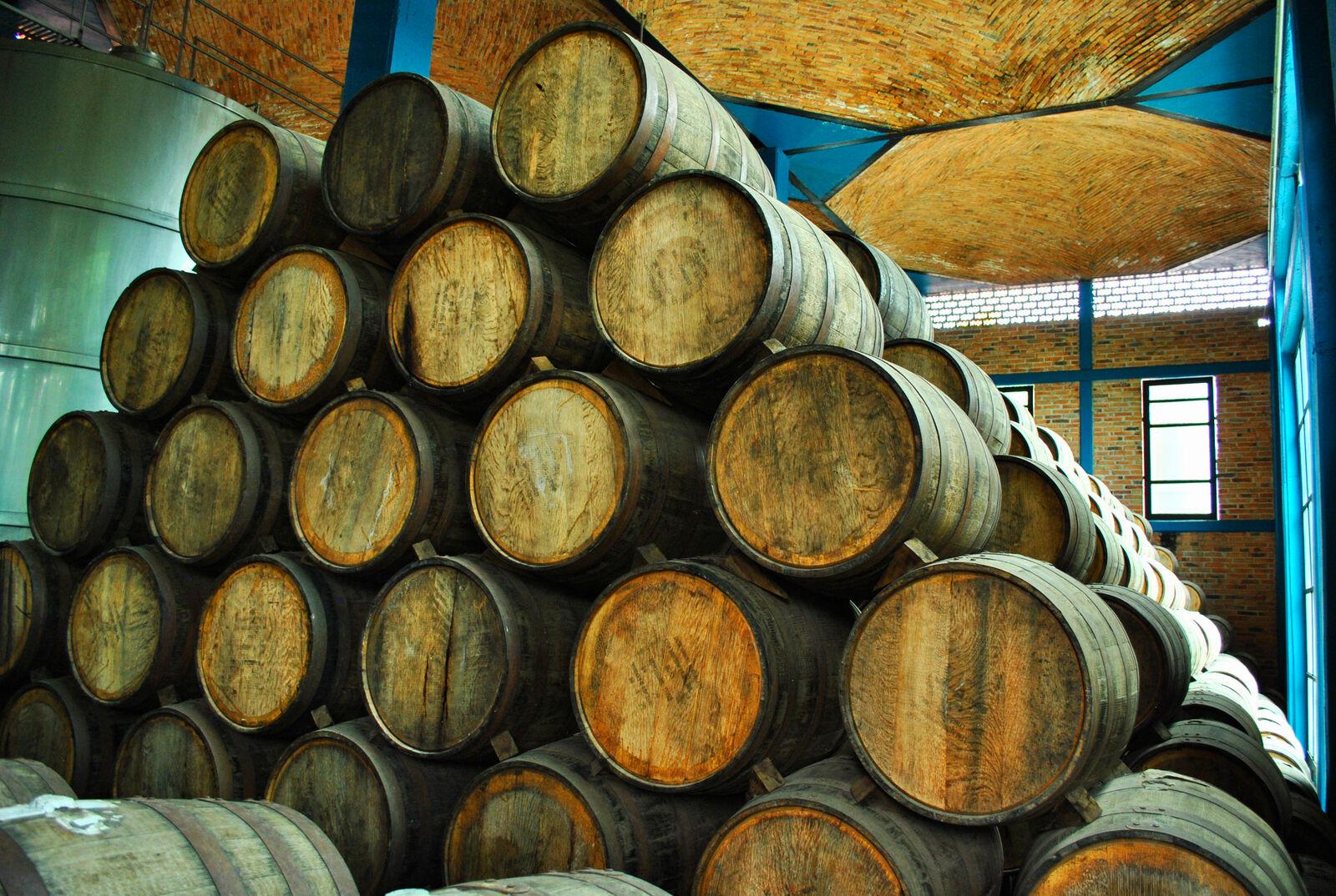 Tequilafässer zur Wiederbelegung