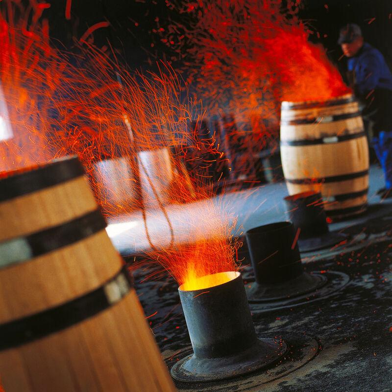 Weinfässer, Barriques und Tonneaux der Tonnellerie de Cognac