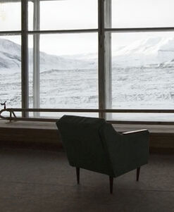 Short documentary film about the abandoned Soviet village of Pyramiden, in Svalbard, Norway. North Pole. Directed by Derek Coté. Arctic.