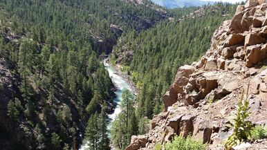 Enjoy incredible view of the Colorado river on a Colorado scenic rail tour with Black Sheep Adventures