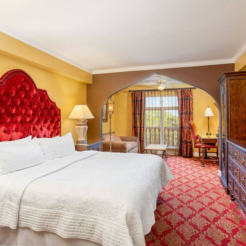 King Premium Guestroom