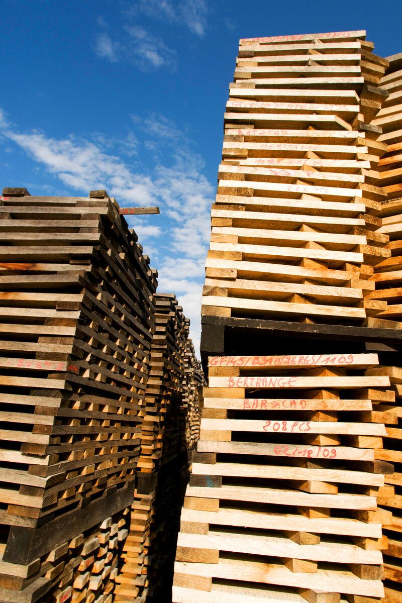 Holztrockung und Holzlagerung der Tonnellerie GAUTHIER FRERES