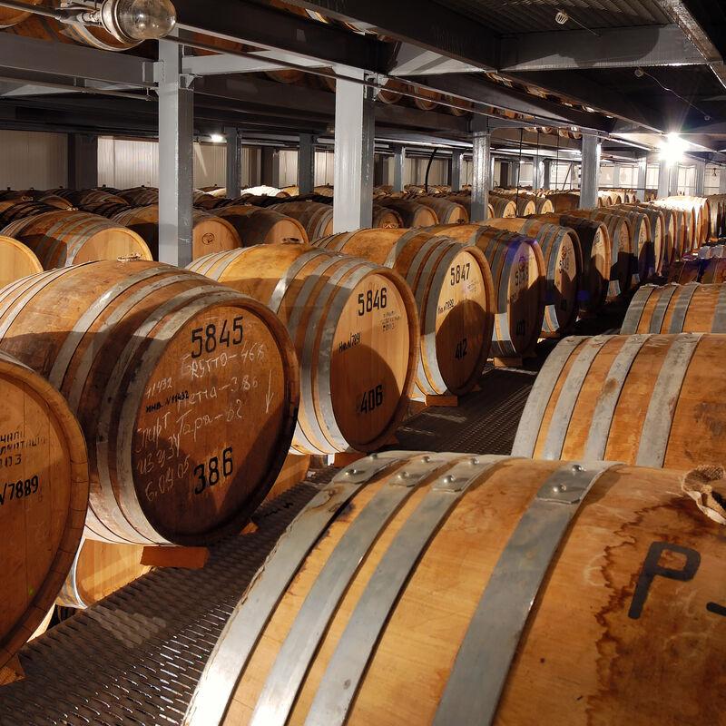 Vorbelegte Cognacfässer zur Wiederbelegung
