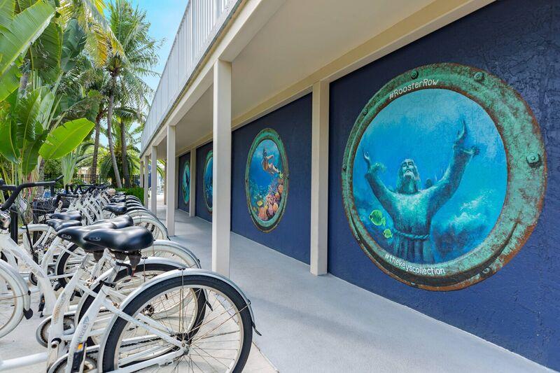 Mural y estacion de bicicletas